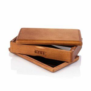 RYOT – Solid Top Box Walnut 3×5″